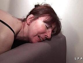 Mature francaise sodomisee fistee avec ejac buccale pour casting amateur