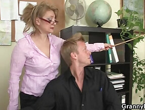 Hot office with hot mature bitch