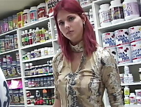 Young Euro babe gets double penerated